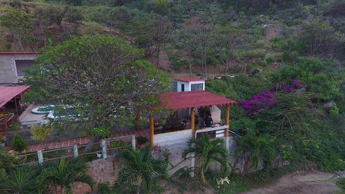 Imagen 1 de 9 de Casa Vacacional En Las Salinas La Guaira