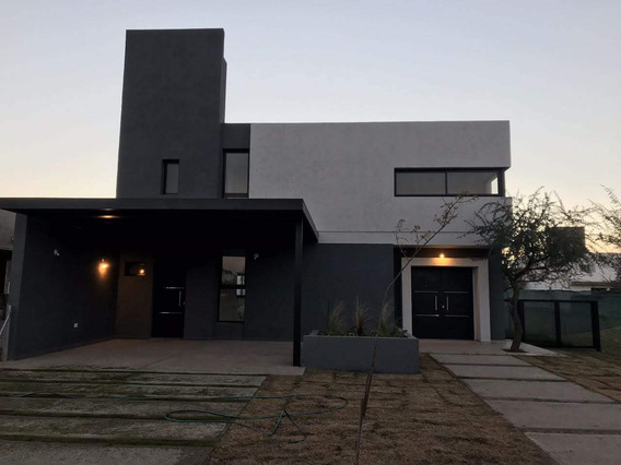 Vendo Casa Villa Catalania - Primera Etapa