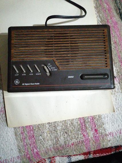 Radio Reloj Despertador Digital General Electric No. 7-4612b