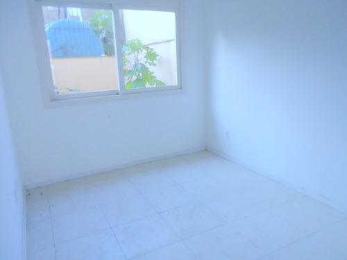Casa Em Condomínio 3 Dormitórios  - 4200