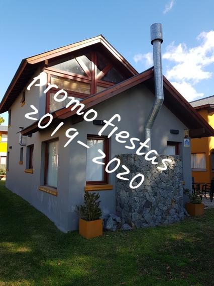 Casa Con Pileta En Villa Gesell. Complejo Cabañas Del Árbol