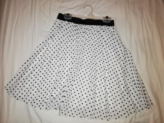 Falda Color Blanco Con Puntos Negros