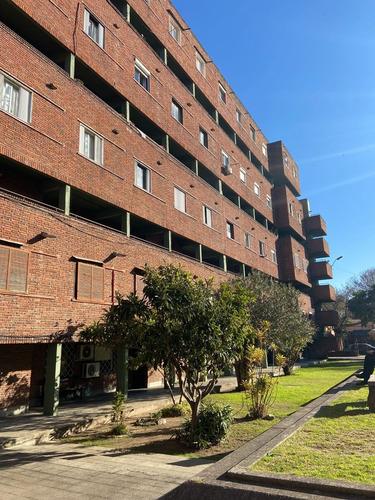 Imagen 1 de 8 de Apartamento De 4 Dormitorios En El Prado