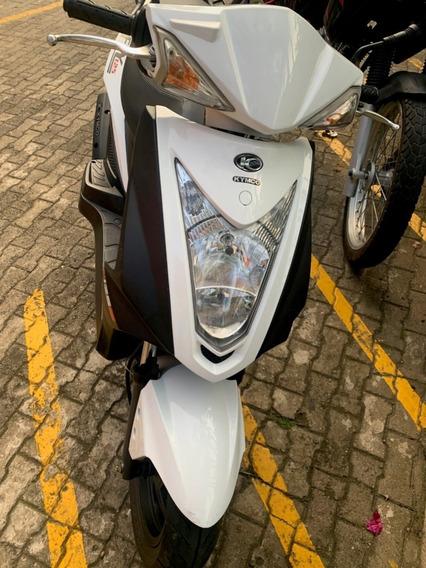 Moto Auteco Fly 125 Blanca