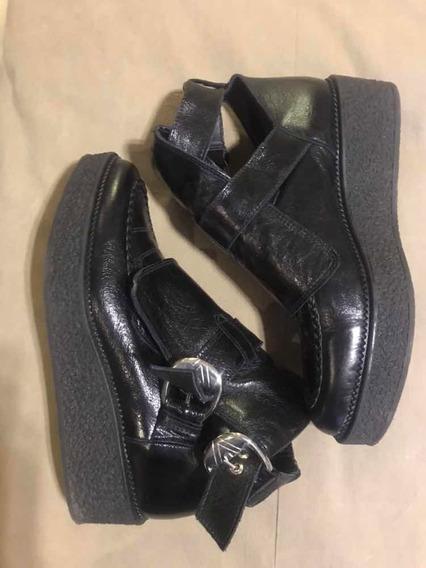 Botas Zara 40 Negra Cuero