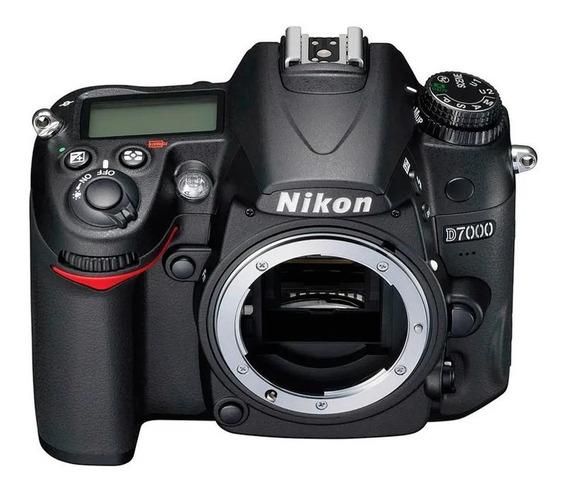 Camera Nikon D7000 Impecável