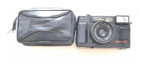 Câmera Fotográfica Antiga - Yashica - No Estado
