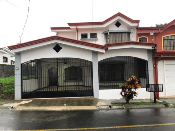 Se Alquila Casa En Mercedes Norte De Heredia