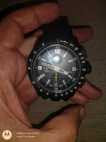Relógio Nautica Cronografo Modelo A18599g.