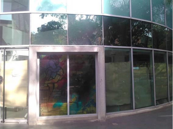En Alquiler Local De198m2 En Trigaleña Plaza