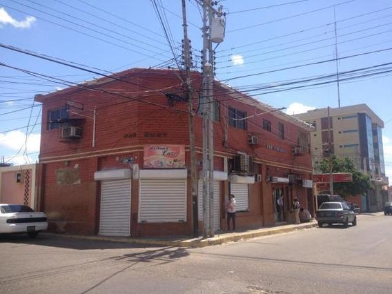 Edificio En Venta En Centro De Punto Fijo