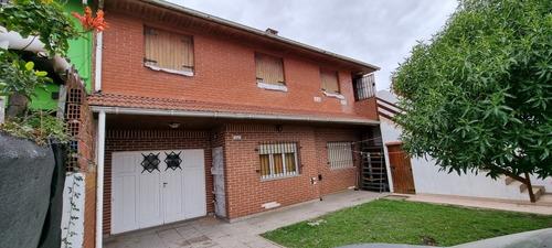 Imagen 1 de 14 de Casa 2 Pisos Con Loft/ Garage En Santa Clara Del Mar