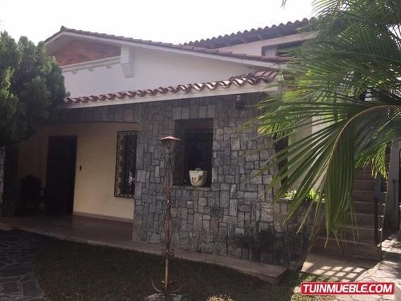 Casas En Venta 19-14610 Astrid Castillo 04143448628