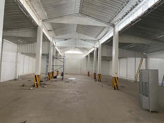 Alquilo Local Industrial Río Seco Zona Industrial