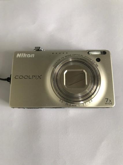 Câmera Digital Nikon Coolpix S6000
