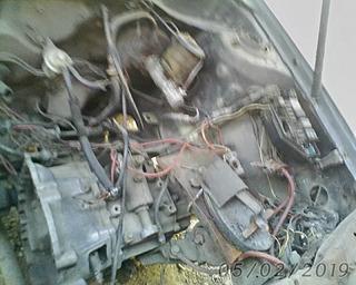 Se Vende Motor Caja Y Todos Sus Ascesorios De Starlet 93