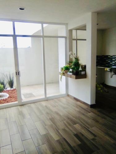 Imagen 1 de 10 de Casa En Venta En Pachuca Calle Prolongación Ramón G. Bonfil 21-261