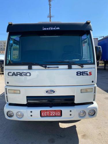 Imagem 1 de 15 de Ford Cargo 815