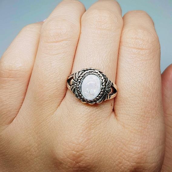 Anel Feminino Cor Prata Envelhecida Com Pedra Branca