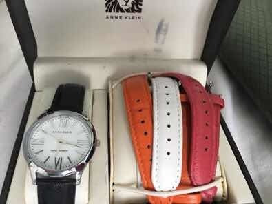 Anne Klein Reloj Dama Usado