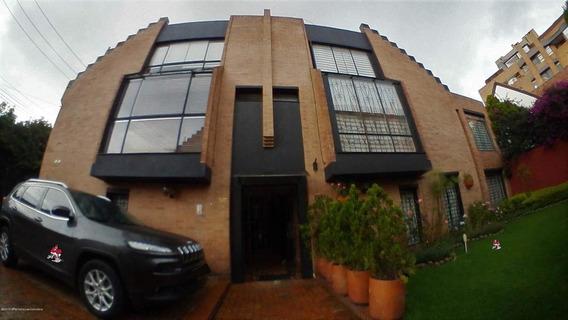 Casa En Venta En Belmira 19-844rt