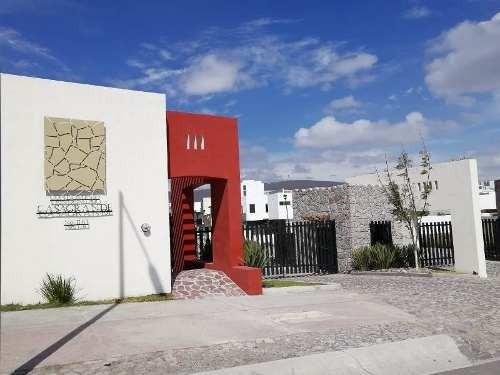 Terreno En Privada Casa Grande En La Vista Residencial