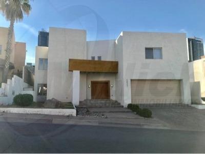 Casa Sola En Renta Renta Fracc. San Francisco $35,000