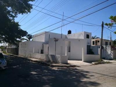 Venta De Casa P/oficina O Negocio En Jardines De Chuburná, Mérida, Yucatán