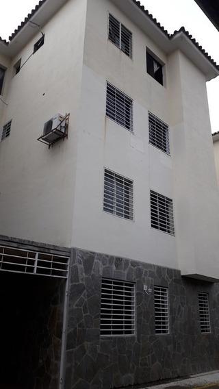 Apartamento En Res. La Granja Ii, La Granja. Cod: Ata-386