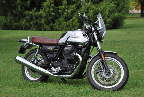 Moto Guzzi V7 Serie Iii 50 Aniversario