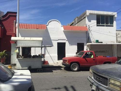 Id:112964, Excelente Local Comercial Ubicado En Calle De Mucho Movimiento, En La Colonia Independencia. 8.65 Mts. De Frente X 16.10 Mts. De Fondo- Excelente Punto Comercial- Cuenta Con 139.26 De S