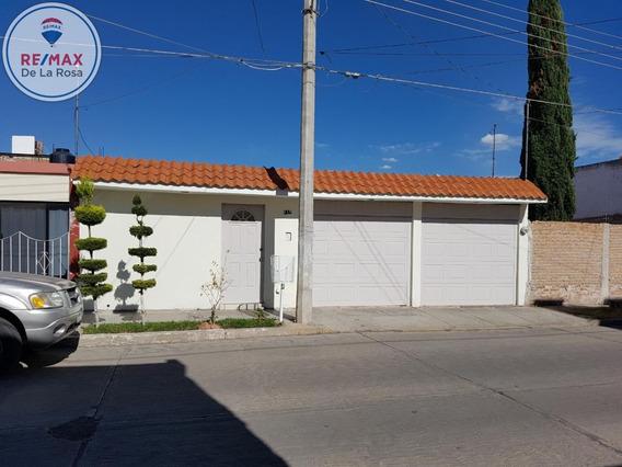 Casa En Venta Construida En Una Planta Iv Centenario
