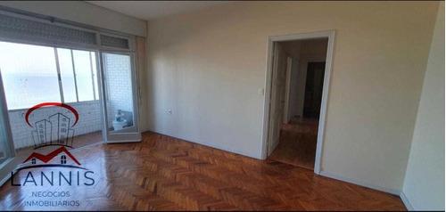 Apartamento 2 Dormitorios En Pleno Ciudad Vieja !!!....