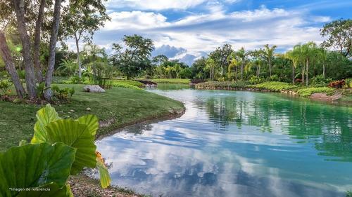 Imagen 1 de 15 de Terreno Residencial Premium  Frente A Lago Principal Altozan