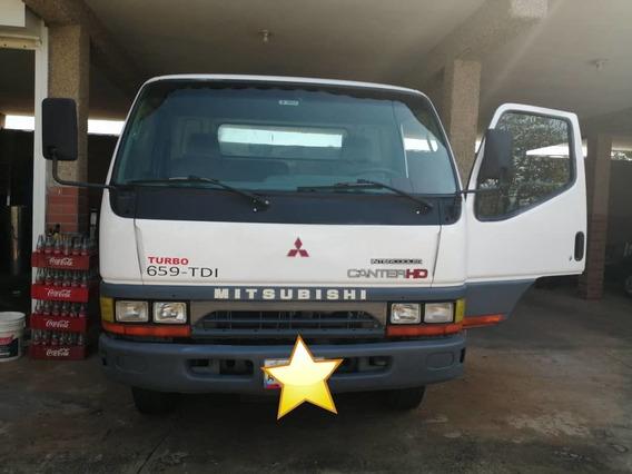 Mitsubishi Canter Camion