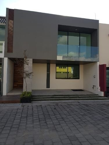 Casa En Venta Dentro De Argenta Mirador Residencial