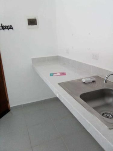 Renta De Estudio Centrico En Av De La Luna Cancun
