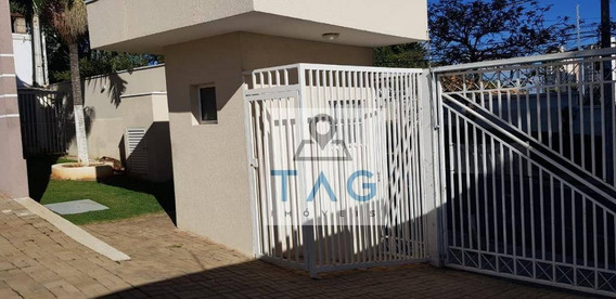 Casa Com 2 Suítes Em Condomínio Privilegiado - Ca0139
