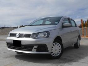 Volkswagen Gol 1.6 Trendline Sedán 2018 Plata