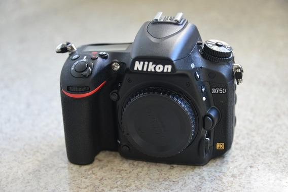 Nikon D750 Somente Corpo - Espetacular - 3000 Disparos