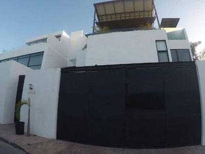 Casa En Venta En Montebello