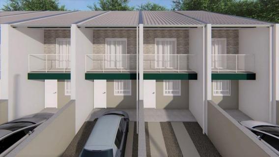 Sobrado Bem Localizado, Com Excelente Acabamento, Em Construção Prazo De Finalização Da Obra Julho De 2020.80 M² De Área Construída, Dois Dormitórios, Sala, Cozinha,lavabo, Banheiro, Área De Serviço