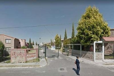 Casa En Venta En Chicoloapan. Remate Bancario