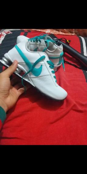 Vendo Tênis Nike Feminino