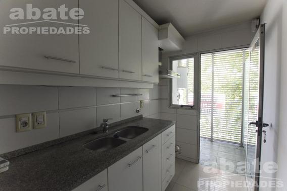 Apartamento - Pocitos 2 Dormitorios Con Garaje