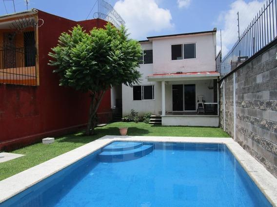 Casa En Venta En Lomas Tzompante, Cuernavaca