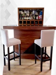 Bar Con Barra Y Bancos