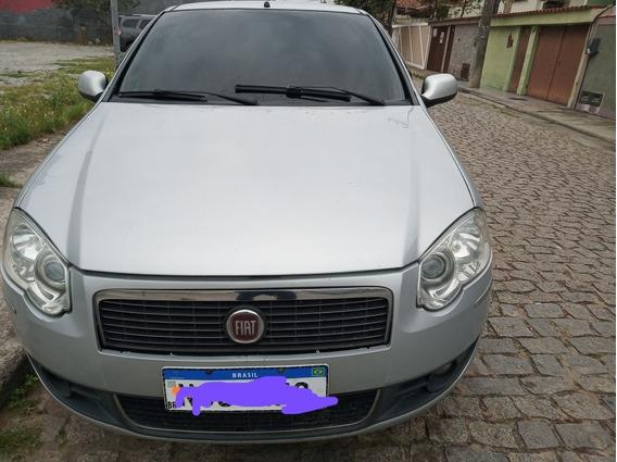 Fiat Siena 1.4 Tetrafuel 4p Tetra-combustible 2011