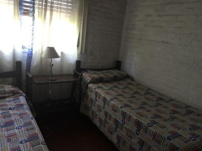 Casa En Alq. Temporario Ubicado En C.c. Banco Provincia, Zona Oeste