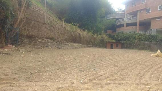 Excelente Parcela De Terreno En Venta En El Alto Hatillo